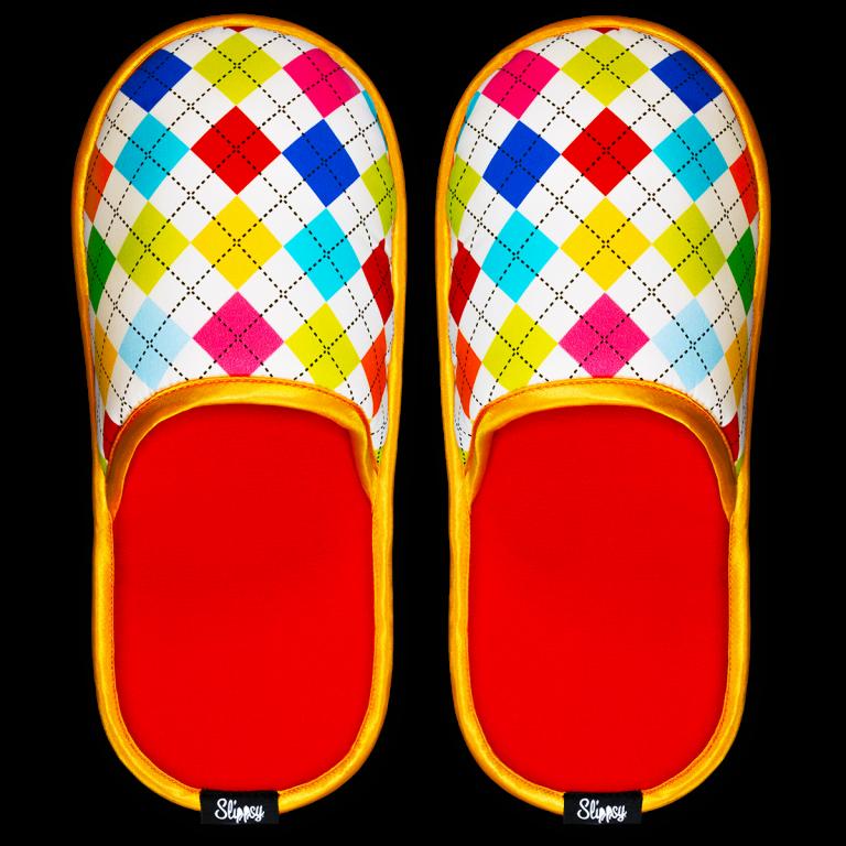 červeno modro oranžové pantofle